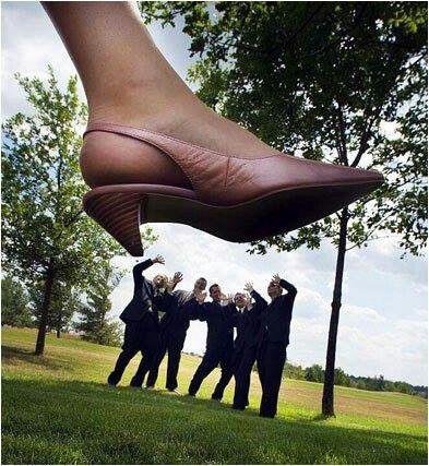 funny bride and groomsmen wedding photo