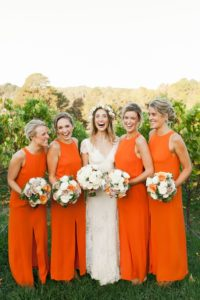 incorporating favorite color into wedding