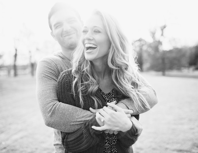 Engagement poses hug
