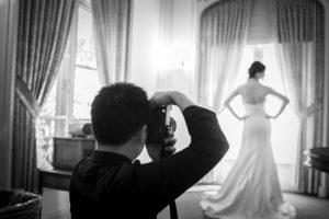 paying your wedding photographer