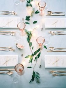minimalist flower decoration at wedding reception