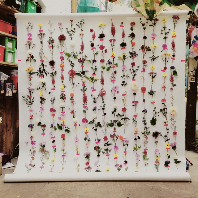 flower backdrop photo booth