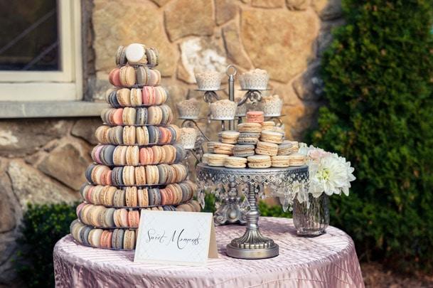 macaroons wedding