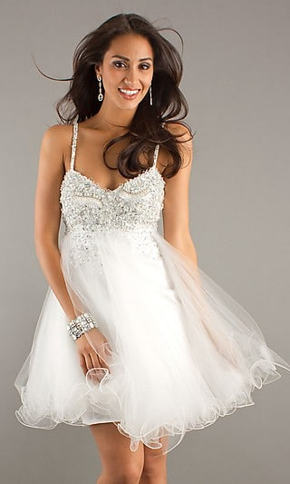 http://www.designbydiana.net/vegas-wedding-dresses/