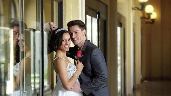 excalibur-meetings-weddings-couples-couple2-tram-detail.tif.image.960.540.high