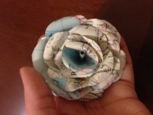 diy map paper flowers