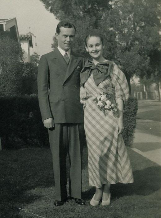 Great Depressions wedding dress