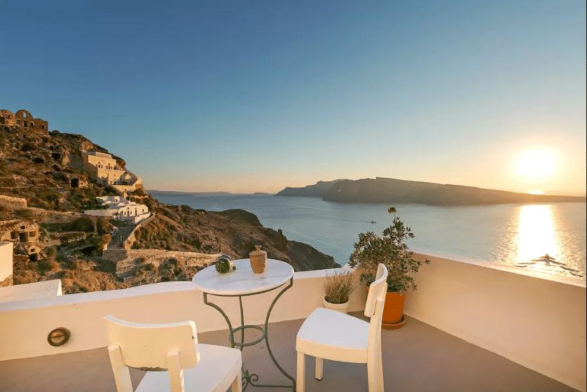 airbnb-greece