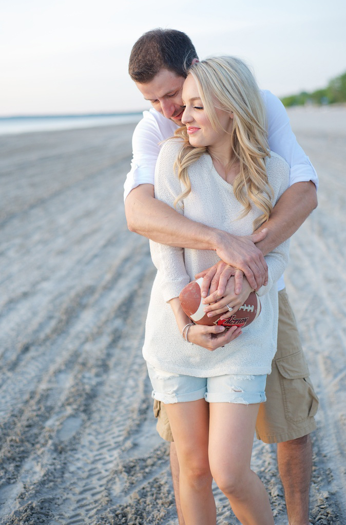 summer engagement photo outfits