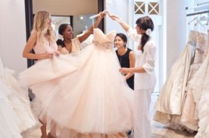 http://expatweddingamsterdam.com/how-to-find-the-perfect-wedding-dress/