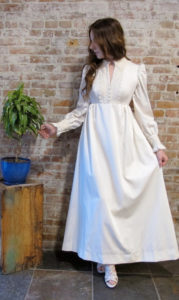 https://www.etsy.com/listing/209518741/vintage-1970s-ivory-empire-wedding-dress?ga_order=most_relevant&ga_search_type=all&ga_view_type=gallery&ga_search_query=lace%20empire%20wedding%20dresses&ref=sr_gallery_39