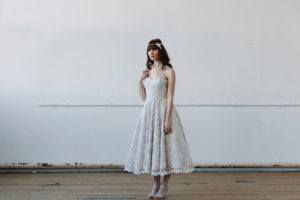 https://www.etsy.com/listing/261697005/grier-strapless-lace-tea-length-wedding?ga_order=most_relevant&ga_search_type=all&ga_view_type=gallery&ga_search_query=lace%20tea%20length%20wedding%20dresses&ref=sr_gallery_17