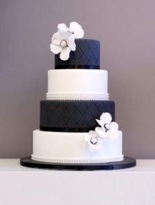 navy wedding cake ideas