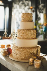 golden wedding cake ideas