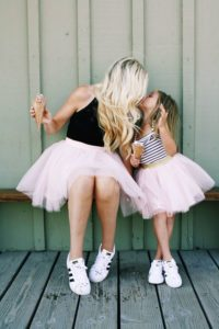 mother daughter matching outfits
